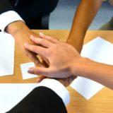 【例文あり】面接の自己PRで、チームワークを的確にアピールする方法